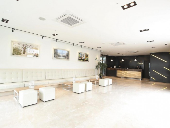 新村Ever8服務式公寓 (Shinchon Ever8 Serviced Residence)