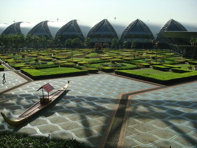 曼谷蘇凡納布機場