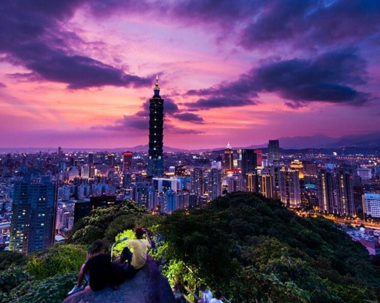台北信義象山—輕鬆爬山賞夜景