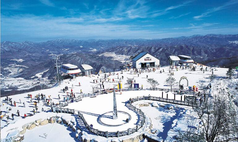 鳳凰城滑雪渡假村