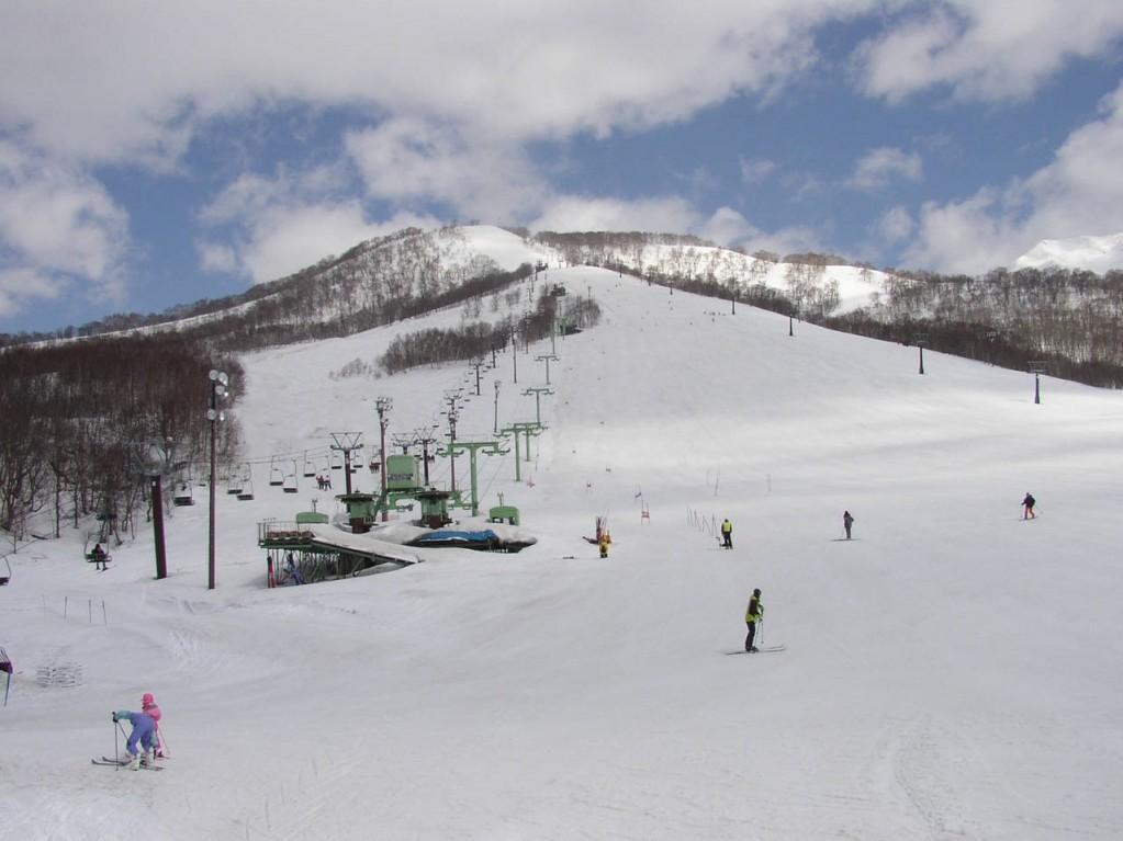 新雪谷度假村滑雪場