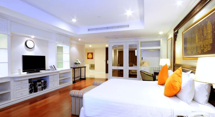 中心點飯店 - 席隆店 (Centre Point Silom Hotel)