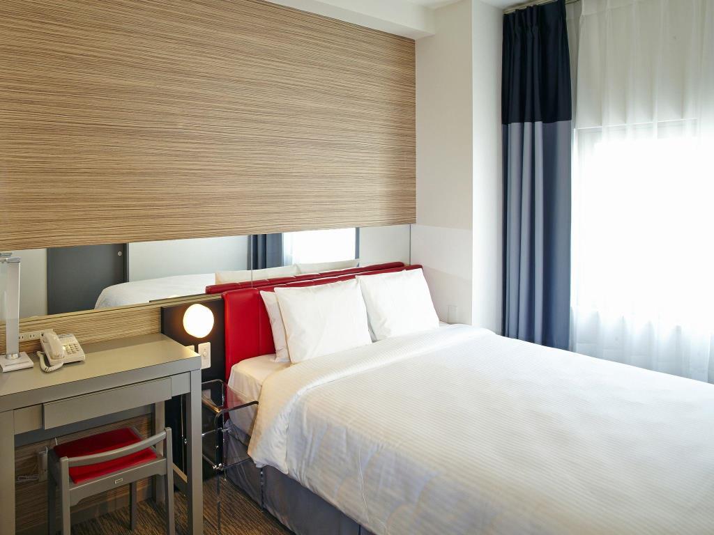 沖繩那霸紅色星球飯店