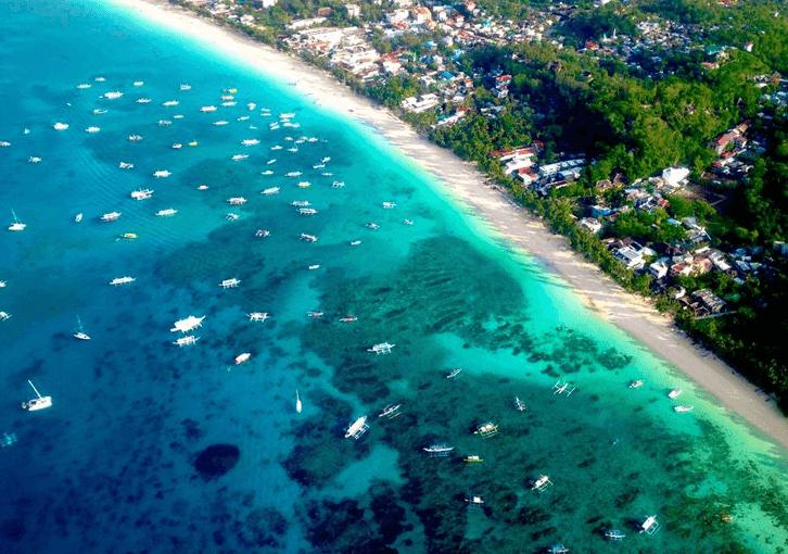 搭乘直升機鳥瞰長灘島全景