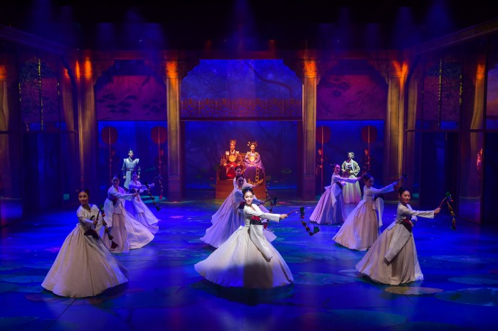 連續四天,天天有表演 - 貞洞劇場傳統舞劇《蓮,再次綻放》