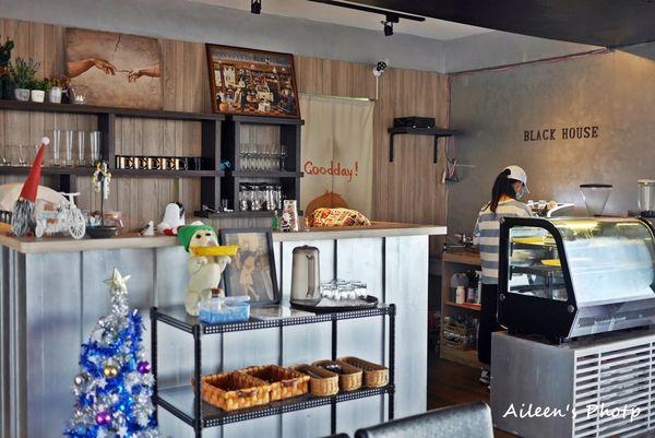 [金門] 超舒服.超放鬆的秘境咖啡館:黑屋海景手作廚房
