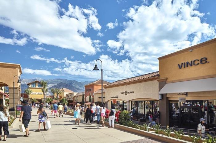 洛杉磯 |  Desert Hills Premium Outlets
