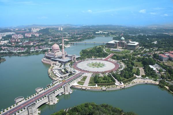 馬來西亞布城遊湖、乘坐氣球 走訪水上粉紅清真寺