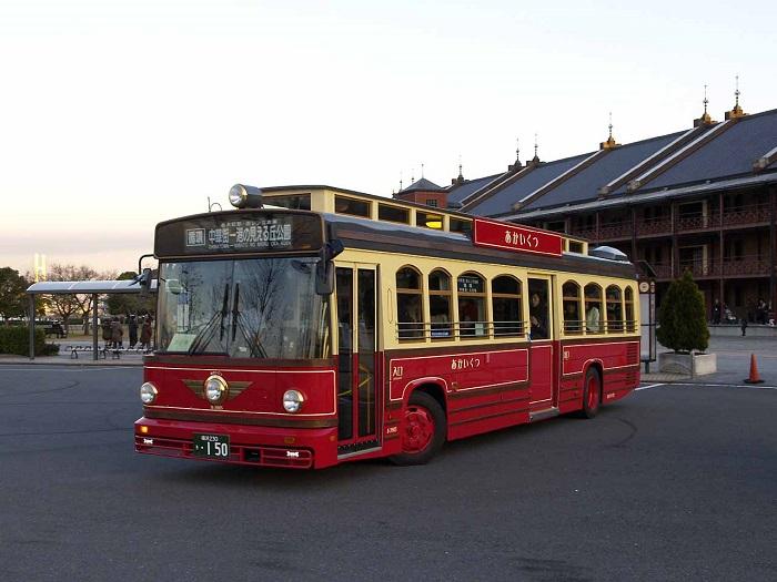 2.橫濱紅鞋觀光巴士
