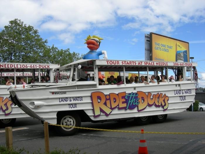鴨子船觀光 Ride The Ducks