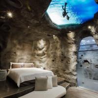 【台中特色住宿】住廢墟洞穴!還有兩層樓室內滑水道